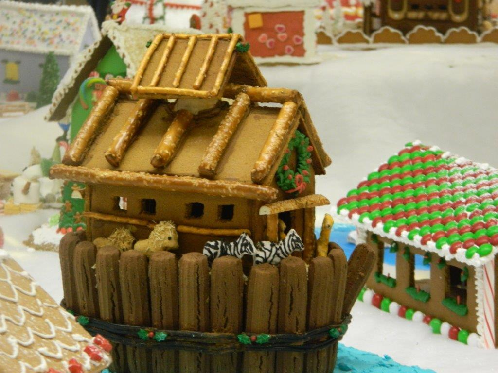 Gingerbread house visit 2015 (2)